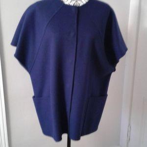 MaxMara cape like jacket 90% virgin wool Size 4